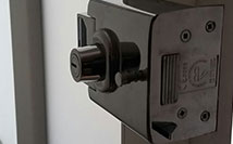 Upper Lock Hinge Replace